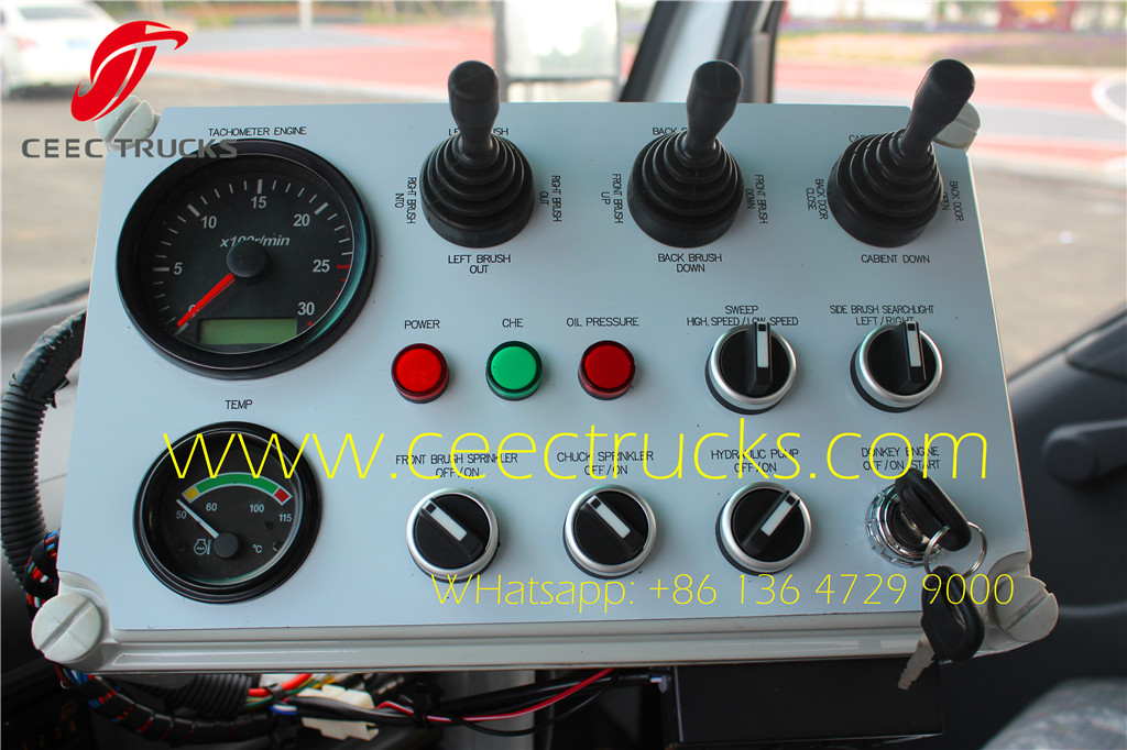 ISUZU 4 CBM road sweeper truck english control box
