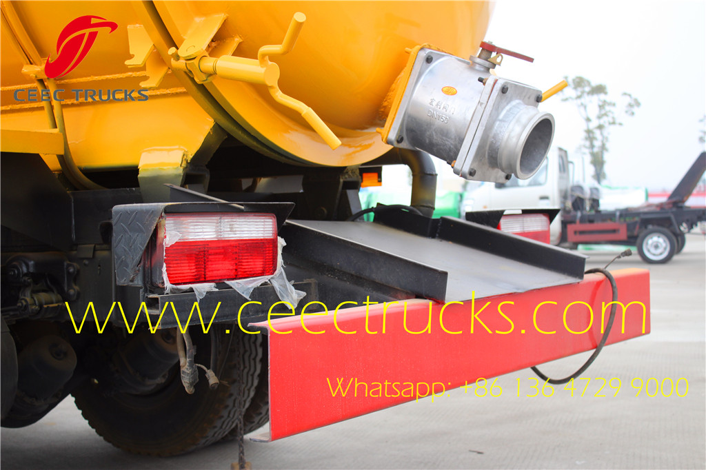 Dongfeng 6CBM vacuum trucks on sale