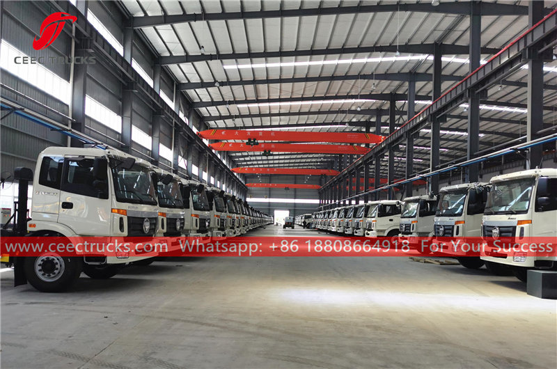 FOTON stainless steel water trucks for export