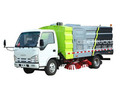 ISUZU 5cbm road sweeper