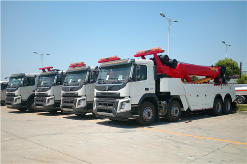 4 unités VOLVO road wrecker for China Government high-way project